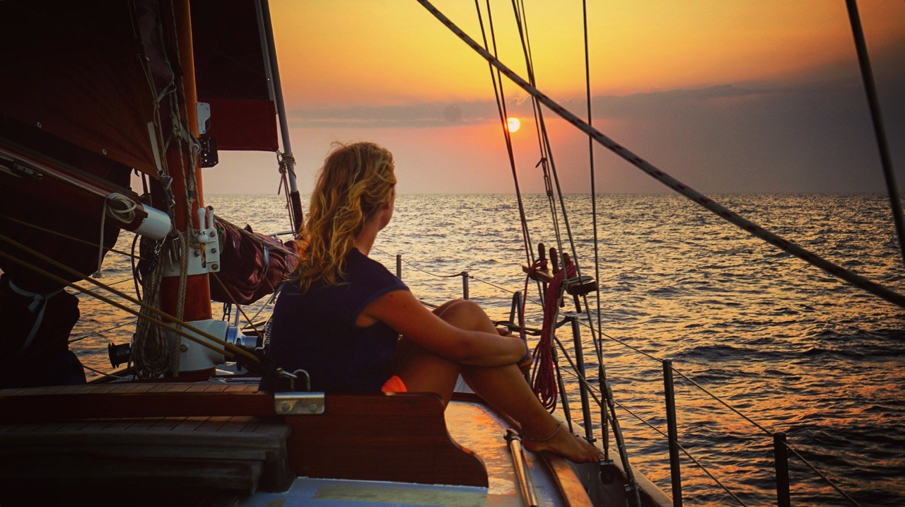 How to sail across the Atlantic Ocean As Crew? Tips! | Ocean Nomad