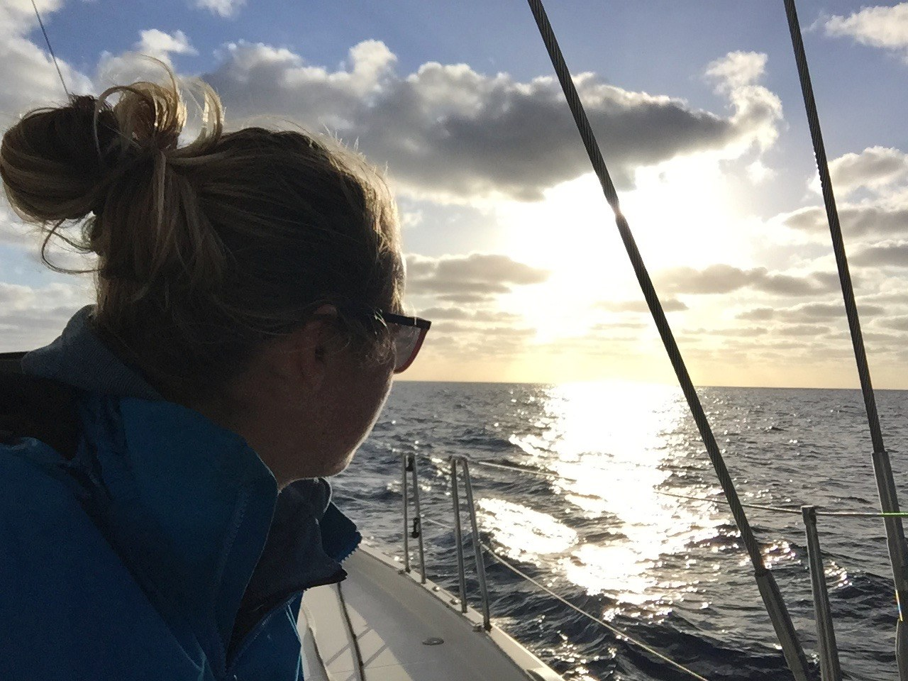 Offshore Sailing Tips: How to prepare, assess safety and minimize risk as crew?