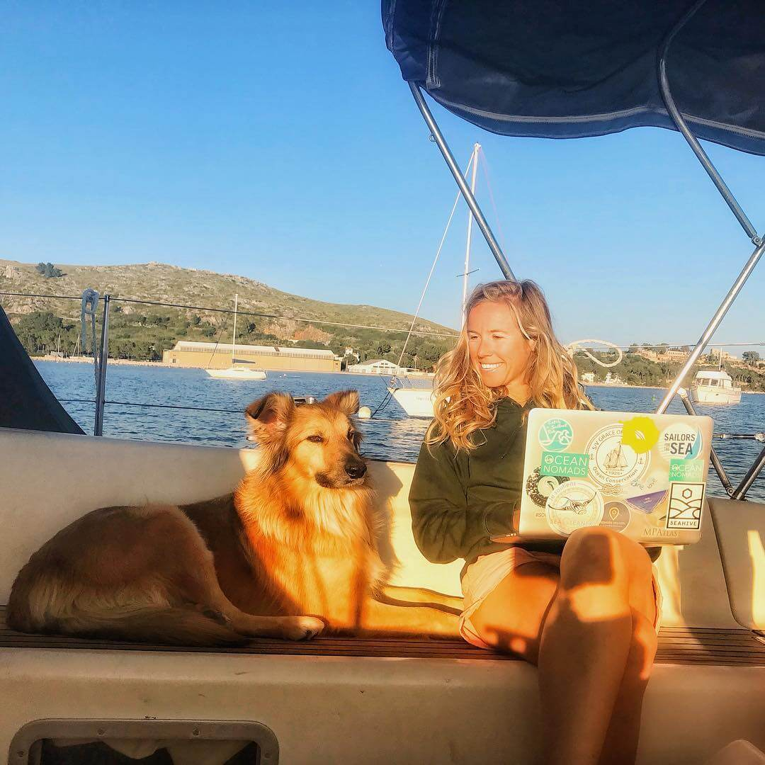 sailing with a dog